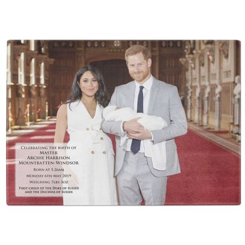 Royal Baby Master Archie Harrison Mountbatten-Windsor Tempered Glass Chopping Board